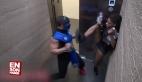 Asansörde Mortal Kombat Şakası Yapılırsa