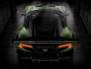 Aston Martin yeni otomobilini duyurdu
