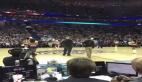 Basket topunu amigo kızın suratına fırlatmak