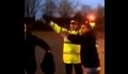 Beşiktaş taraftarı İngiliz polisine 3'lü çektirdi
