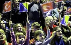 Bosna Hersek'te Erdoğan'a sevgiler sunuldu