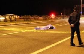 Otomobilin çarptığı adam feci şekilde canında oldu
