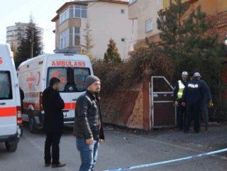 Kahramanmaraş'ta bir kişi cinnet getirdi: 3 ölü
